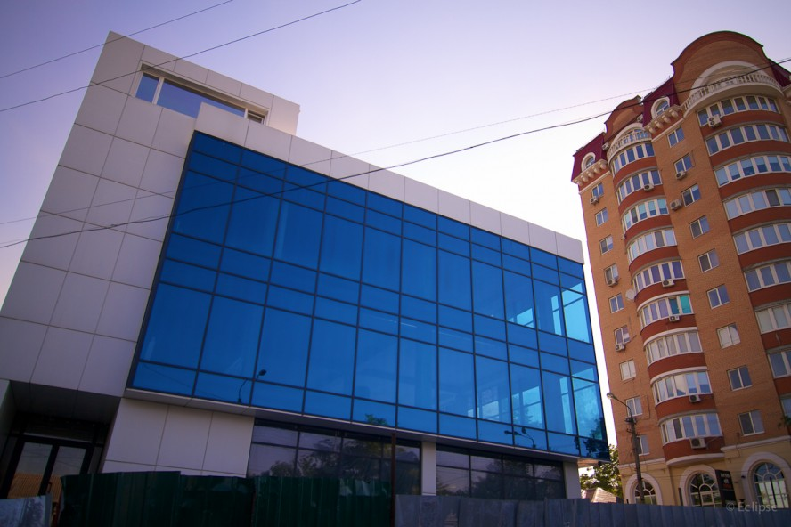 office-center-dnepr-2-888x592