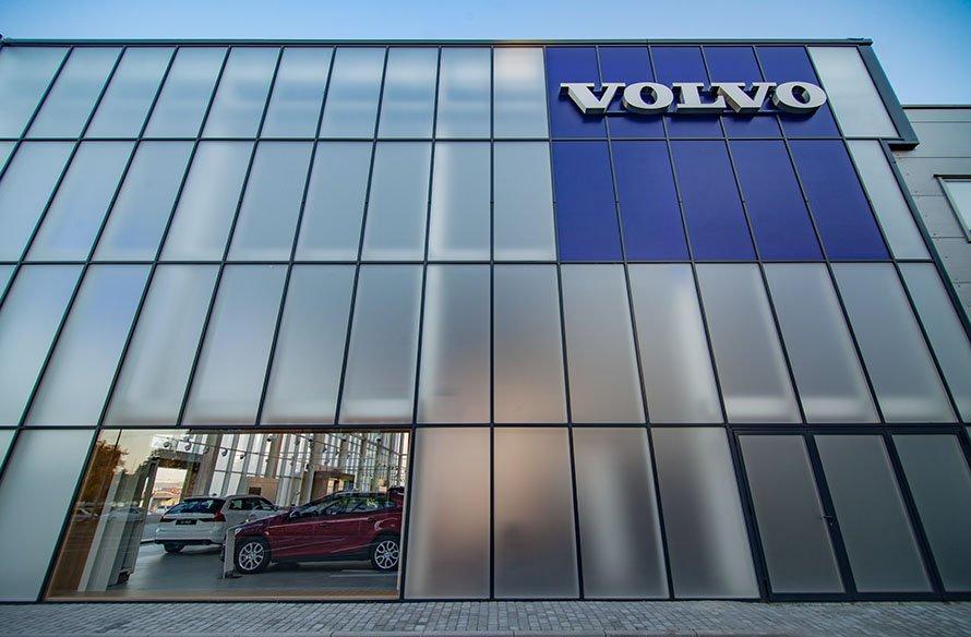 Volvo фасадное остекление Эклипс
